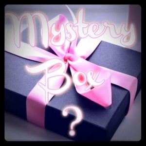 Make up and lifestyle mystery box